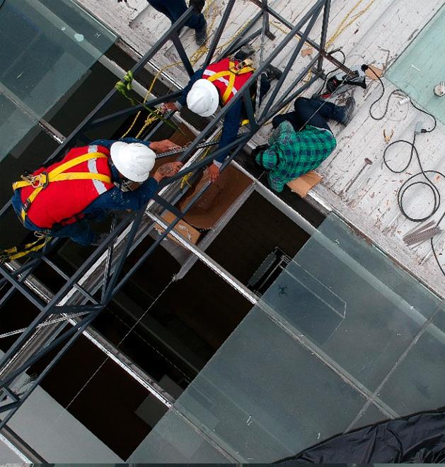 Reforzamiento-de-triple-altura-en-centro-comercial3